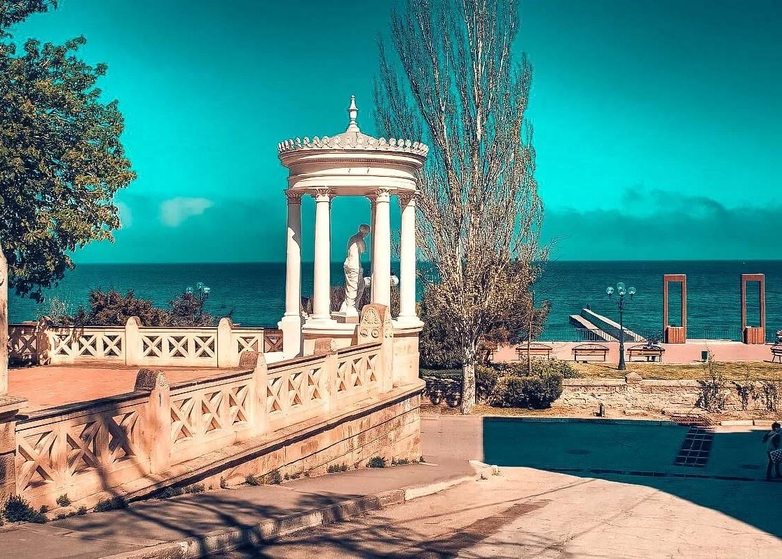 Побывавший в Крыму турист поделился секретами сохранения денег